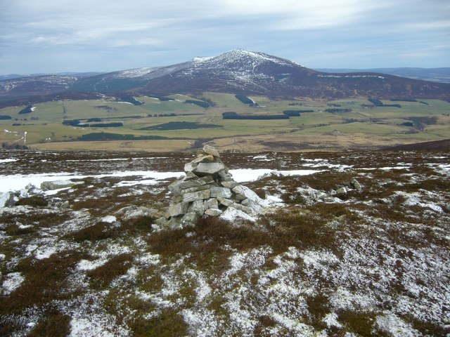 Cairn near Morton's Way on Corryhabbie Hill