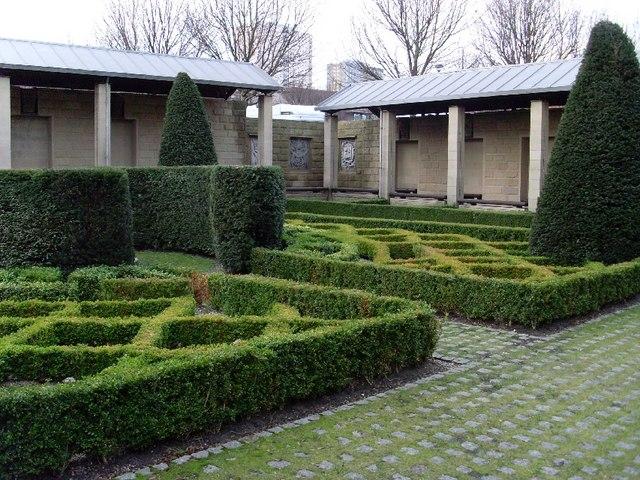 St Nicholas Garden, Provan's Lordship
