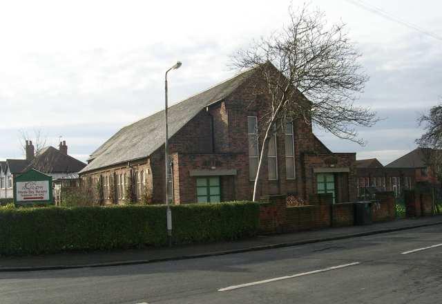 West Park United Reformed Church - West Park Drive