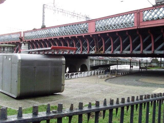 Underside of railway bridge over Clyde