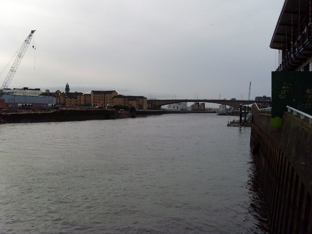 Looking west along the River Clyde