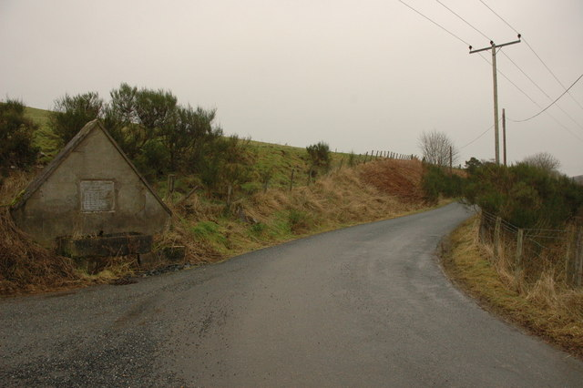 Old spring and road junction at Bridge of Ardonald