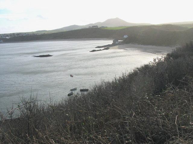 Carreg Wystrys island in Porthdinllaen cove