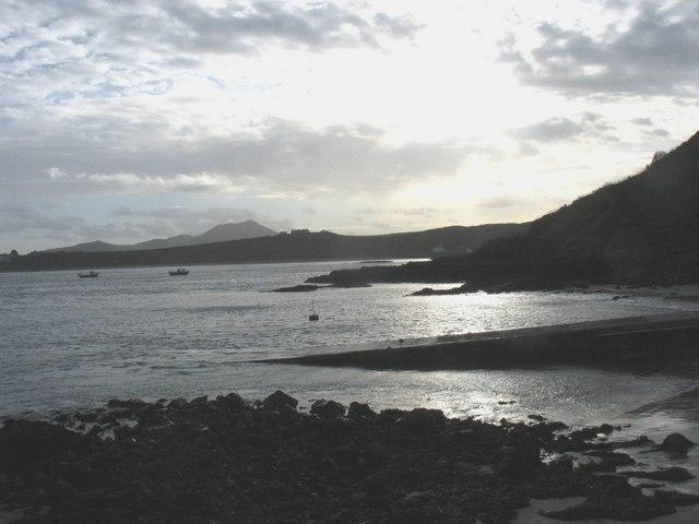 The eastern shoreline of Trwyn Porthdinllaen
