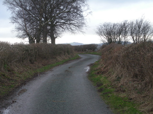 Lane to New Earnstrey Park
