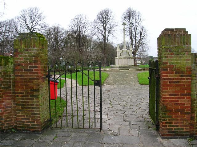 War Memorial, Litten Gardens