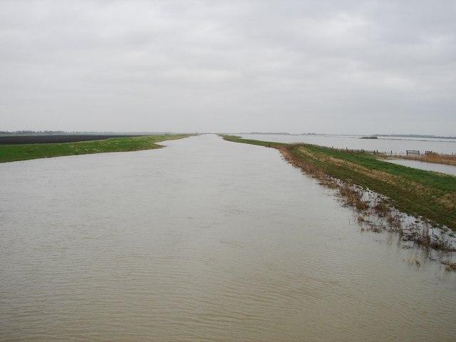 Full River Nene