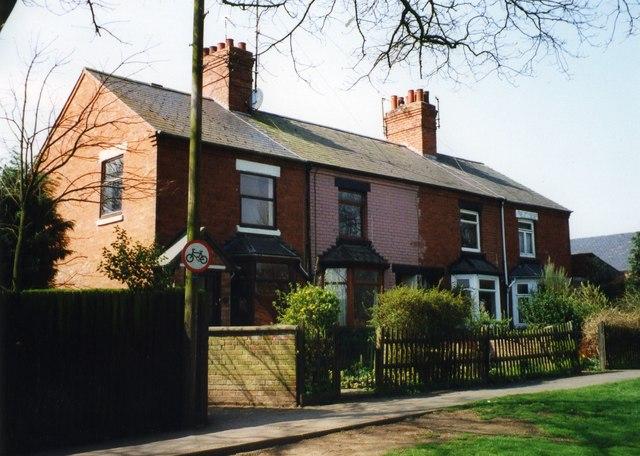 No's 1, 2, 3, and 4 Beech Grove Villas, Church Walk