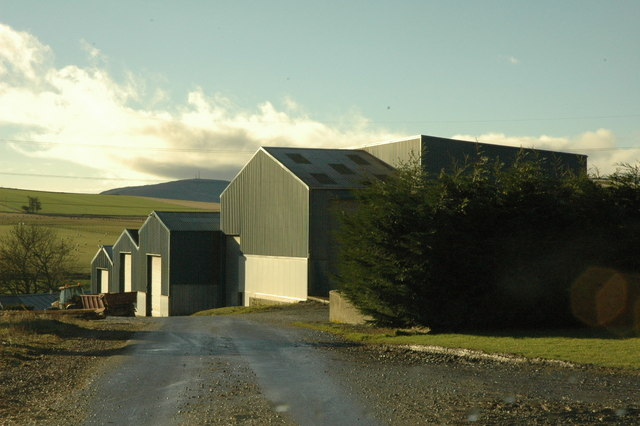 Farm buildings at Cowley
