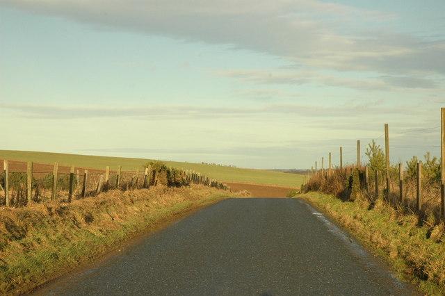Minor road near Hill of Petty