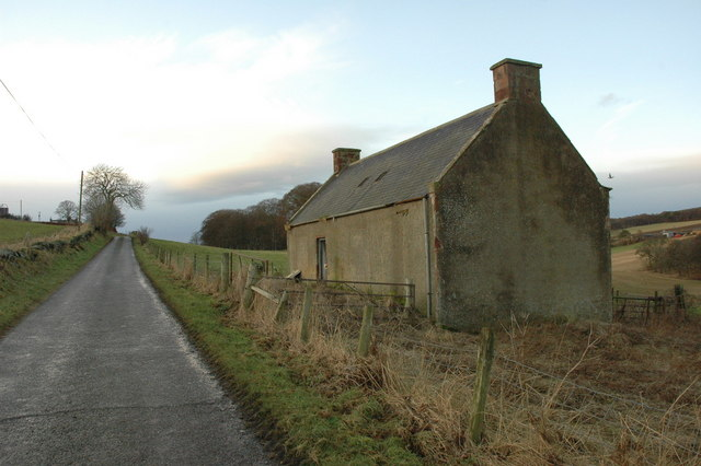Abandoned farm building near Ardfour