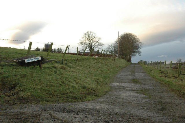 Farm road to Ardfour Farm