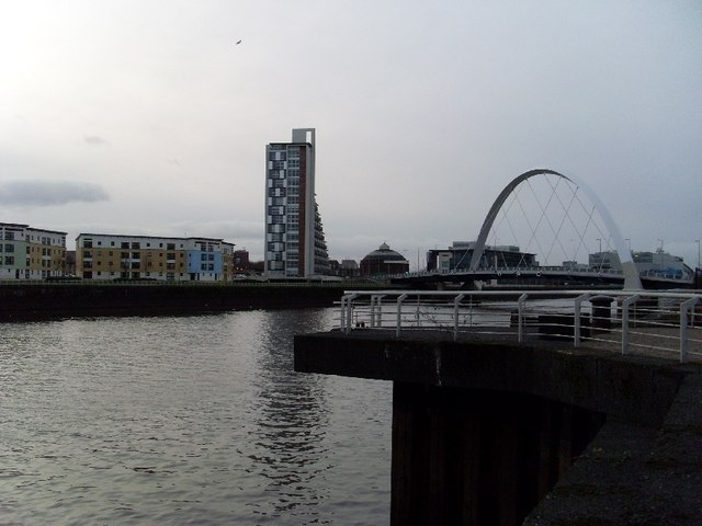 Looking along the Clyde Arc to the south side of the river