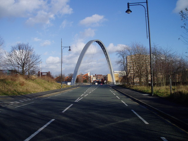 Hulme Arch looking east on Stretford Road