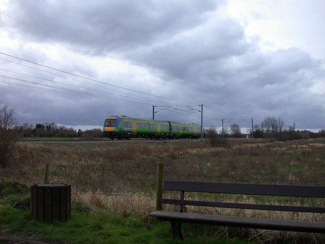 CrossCountry train south of Milton Level Crossing
