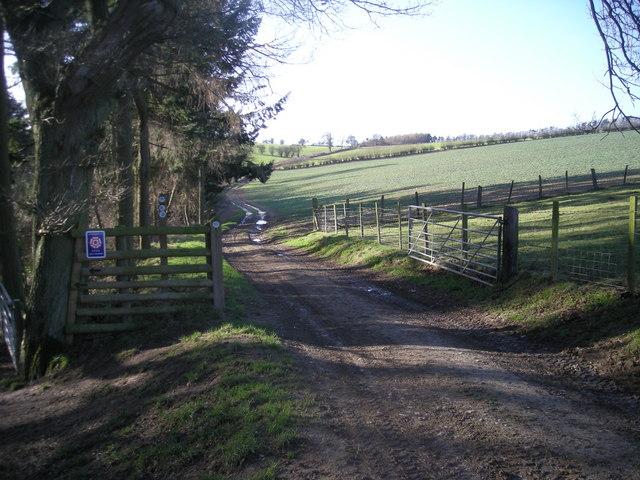 Pinstones: Footpath to Westhope