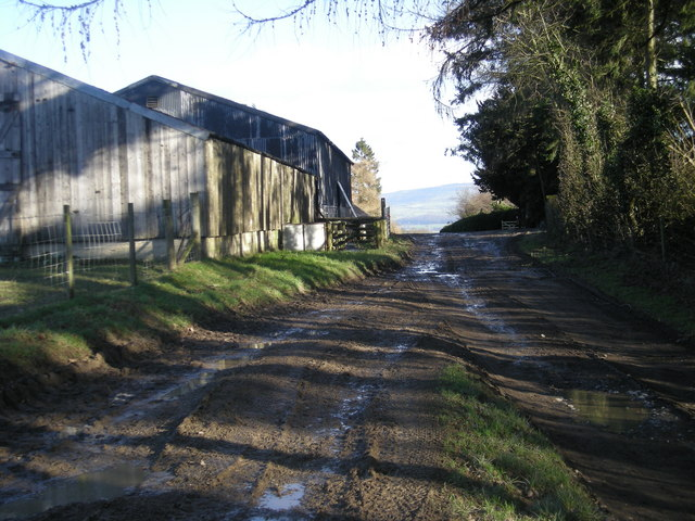 Farm buildings at Pinstones