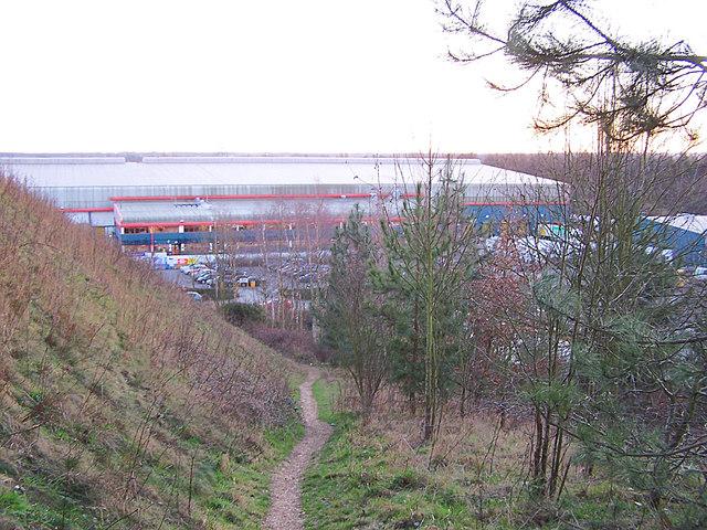 Footpath to Tesco warehouse
