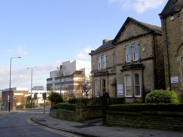 Barnsley College from Victoria Avenue