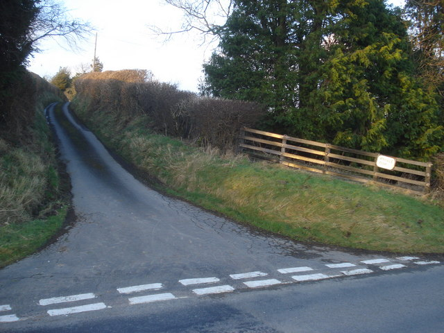 Entrance to Knowle Farm