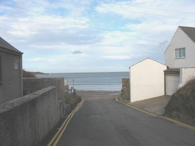 The seaward end of Lon Bridin
