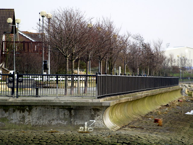 Victoria Dock Development River Frontage