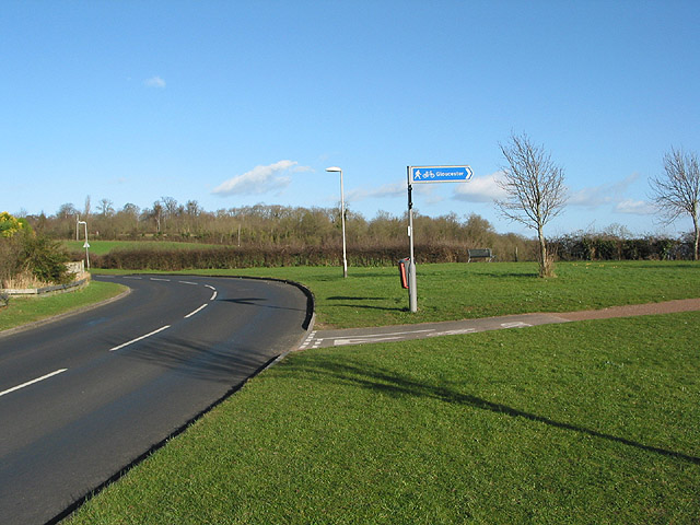 Start of the cycleway into Gloucester
