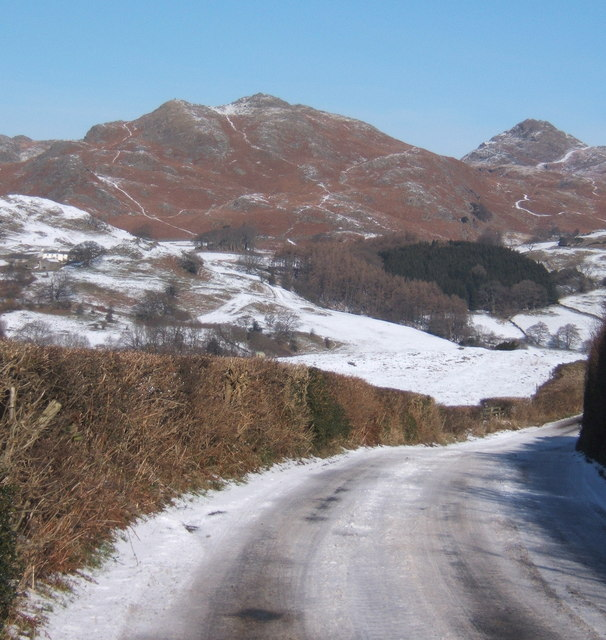 Lane to Broughton Mills in wintry conditions