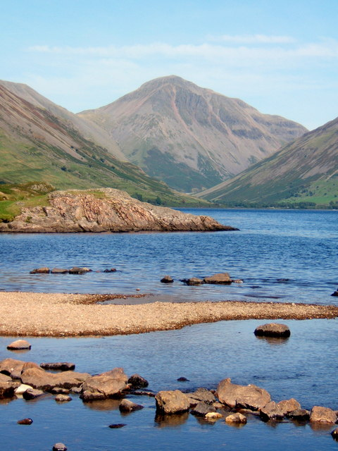 Looking up Wastwater to Great Gable