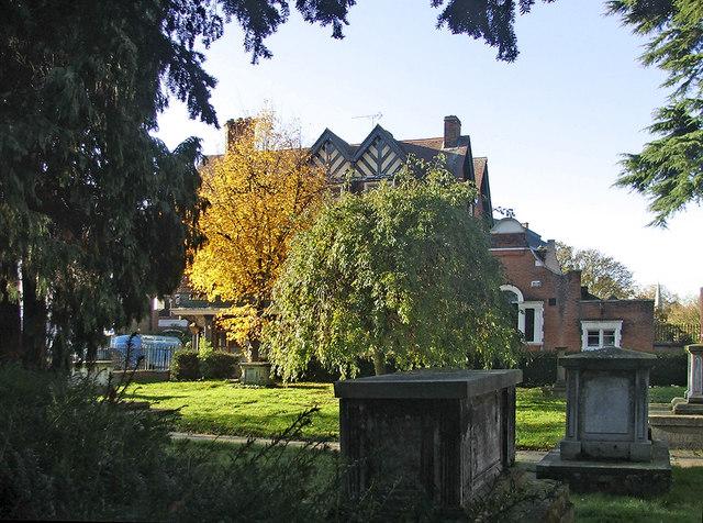 Graveyard St Andrew's Church, Enfield