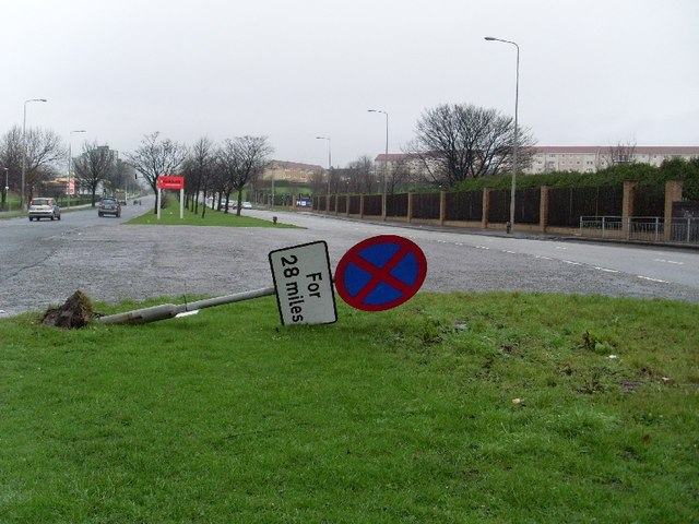 Felled sign on Great Western Road