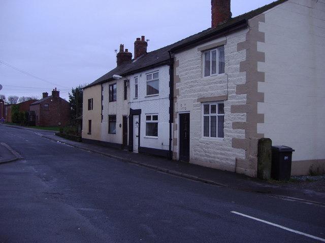 Cottages, Gregson Lane