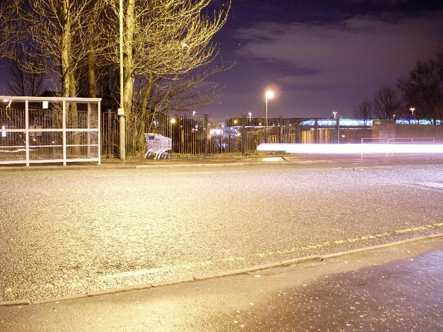 Night view of Kilbowie Road