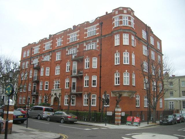 Abingdon Villas Mansions, Abingdon Villas, London W8