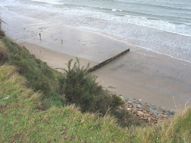 Coastal defences east of Bwlch y brudyn