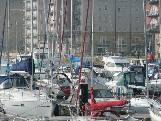 The new marina and apartments at Portishead