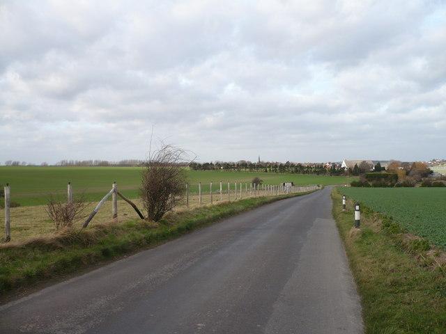 Goodnestone Road towards Wingham