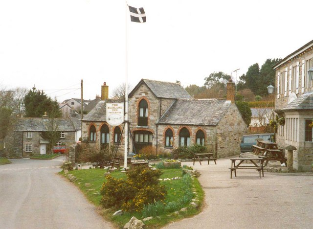 The forecourt of the Blisland Inn