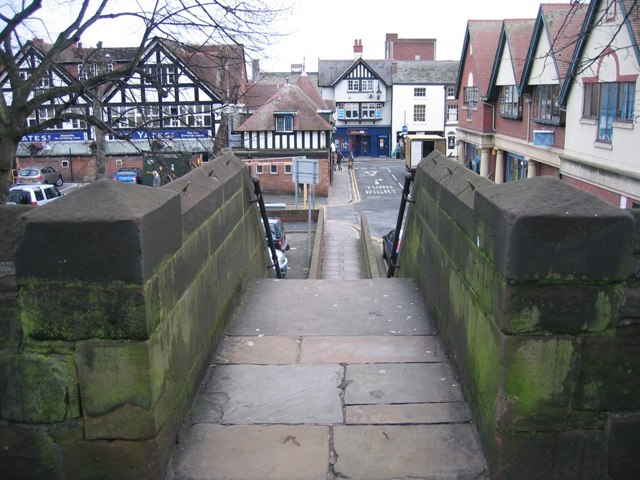 Steps to Frodsham Street from the city walls