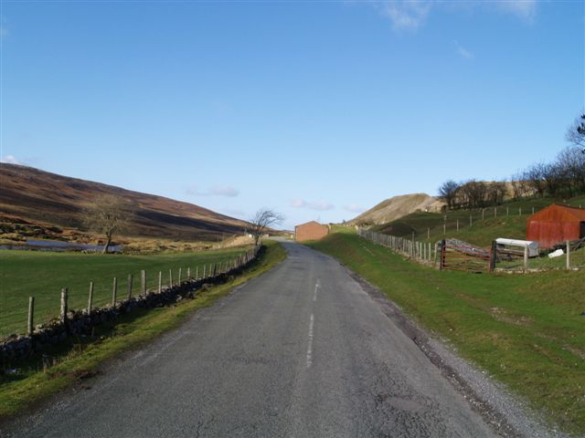 Road going North out of Trefil