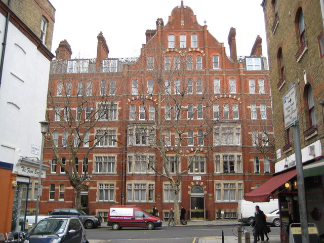 Holborn: Dulverton Mansions, Gray's Inn Road, WC1