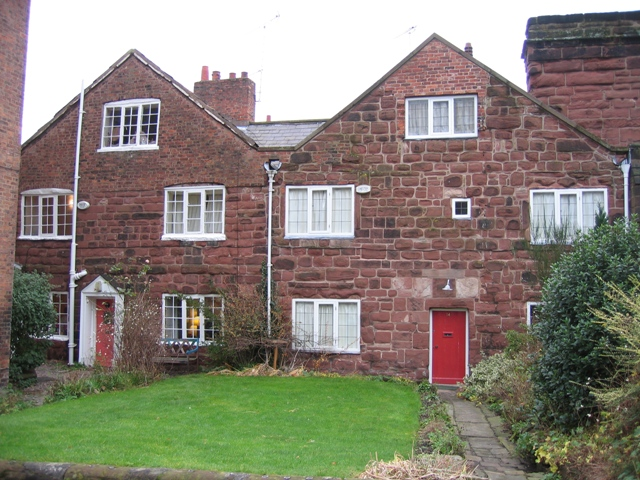 Stone cottages in Abbey Square