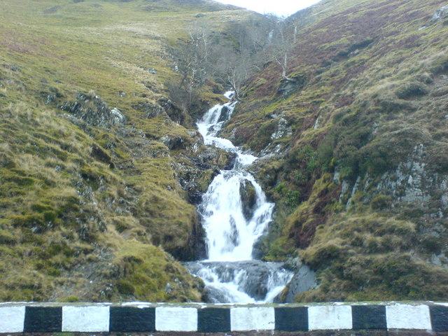 Waterfall in Dalveen Pass
