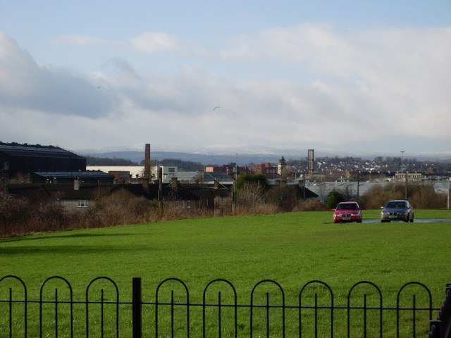 Looking back to Clydebank from Drumry