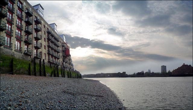 Globe Wharf and the Thames