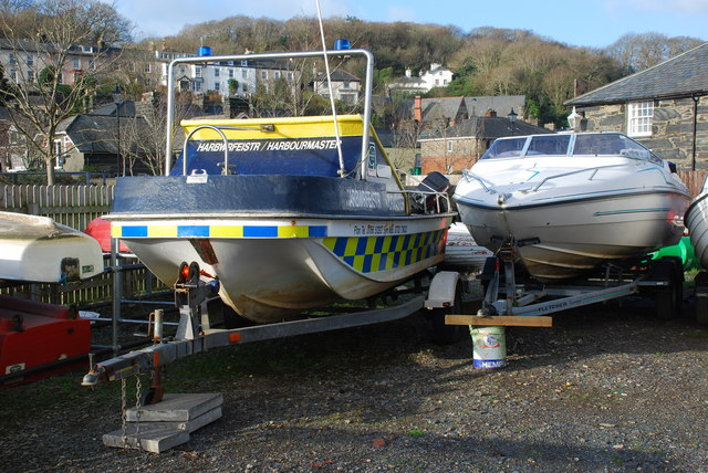 Cwch yr Harbwrfeister - Harbourmaster's Boat