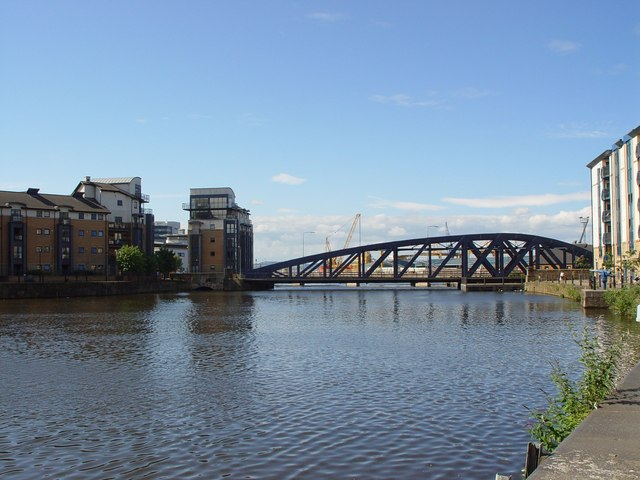 Swing Bridge over the Leith