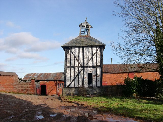 Dovecote, Brook House, King's Pyon
