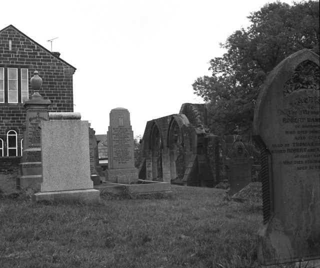 Graveyard, old St. Thomas Church, Barrowford, Lancashire
