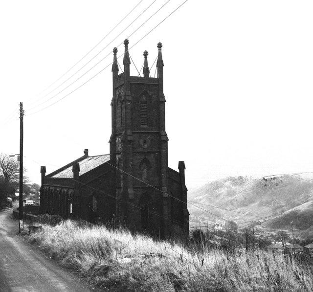 Cross Stone Church